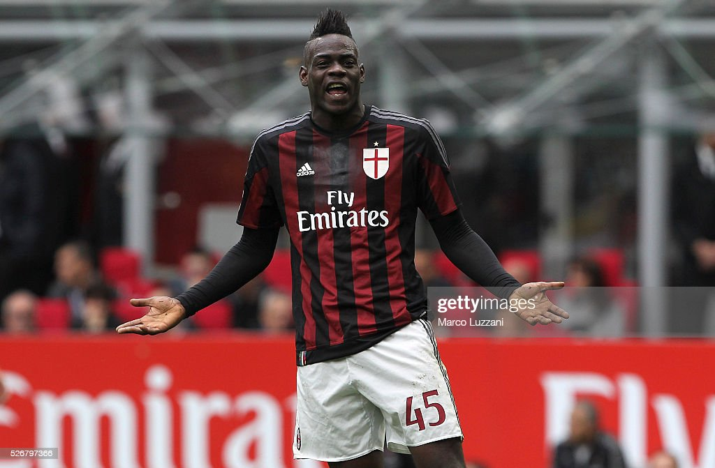 <a gi-track='captionPersonalityLinkClicked' href=/galleries/search?phrase=Mario+Balotelli&family=editorial&specificpeople=4940446 ng-click='$event.stopPropagation()'>Mario Balotelli</a> of AC Milan reacts during the Serie A match between AC Milan and Frosinone Calcio at Stadio Giuseppe Meazza on May 1, 2016 in Milan, Italy.