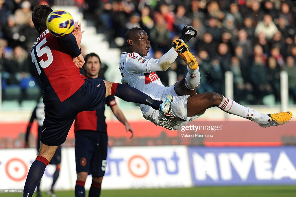 Mario Balotelli of AC Milan (R) shoots to score a disallowed goal during the Serie A match between Cagliari Calcio and AC Milan at Stadio Is Arenas on February 10, 2013 in Cagliari, Italy.