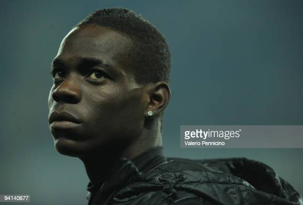 Mario Balotelli of FC Internazionale Milano looks on before the Serie A match between Juventus and Inter Milan at Olimpico Stadium on December 5 2009...