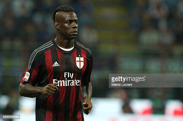 Mario Balotelli of FC Internazionale Milano looks on during the Serie A match between FC Internazionale Milano and AC Milan at Stadio Giuseppe Meazza...