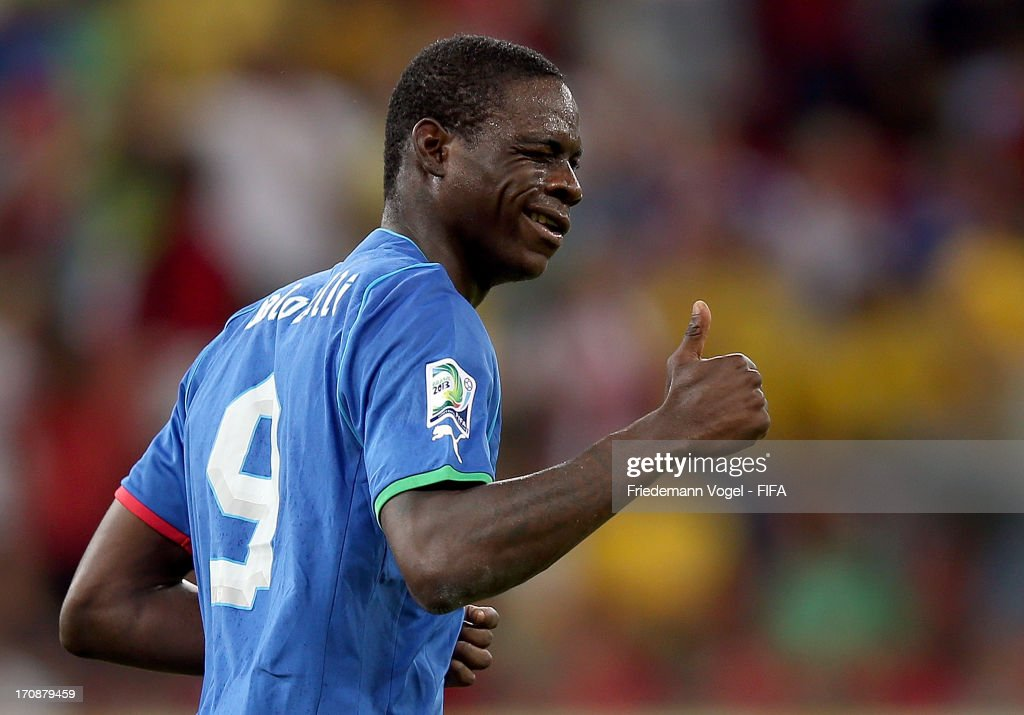 <a gi-track='captionPersonalityLinkClicked' href=/galleries/search?phrase=Mario+Balotelli&family=editorial&specificpeople=4940446 ng-click='$event.stopPropagation()'>Mario Balotelli</a> of Italy gives a thumbs up during the FIFA Confederations Cup Brazil 2013 Group A match between Italy and Japan at Arena Pernambuco on June 19, 2013 in Recife, Brazil.