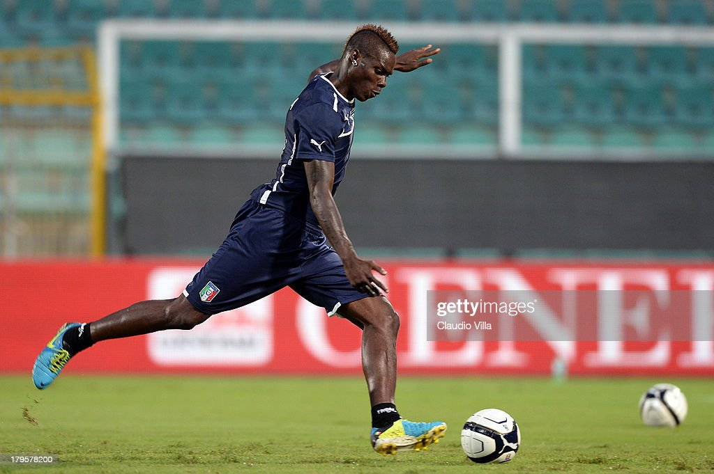Mario Balotelli of Italy in action during a training session at Stadio Renzo Barbera on September 5, 2013 in Palermo, Italy.