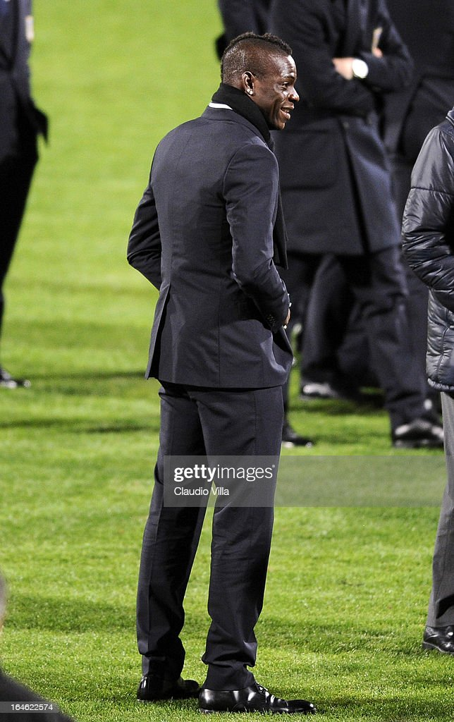 <a gi-track='captionPersonalityLinkClicked' href=/galleries/search?phrase=Mario+Balotelli&family=editorial&specificpeople=4940446 ng-click='$event.stopPropagation()'>Mario Balotelli</a> of Italy inspects the pitch ahead of the FIFA 2014 World Cup qualifier match between Malta and Italy at Ta' Qali Stadium on March 25, 2013 in Valletta, Malta.