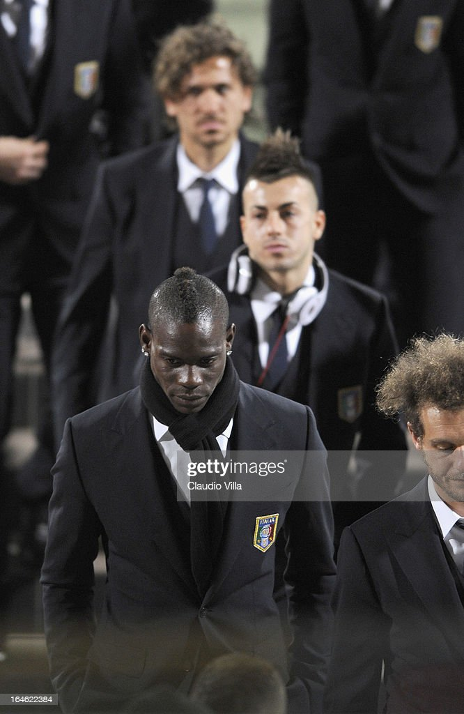 <a gi-track='captionPersonalityLinkClicked' href=/galleries/search?phrase=Mario+Balotelli&family=editorial&specificpeople=4940446 ng-click='$event.stopPropagation()'>Mario Balotelli</a> of Italy inspects the pitch ahead of tomorrow's FIFA 2014 World Cup qualifier against Malta at Ta' Qali Stadium on March 25, 2013 in Valletta, Malta.