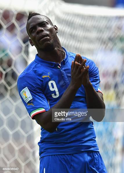 Mario Balotelli of Italy reacts to a missed change during the 2014 FIFA World Cup Brazil Group D match between Italy and Costa Rica at Arena...