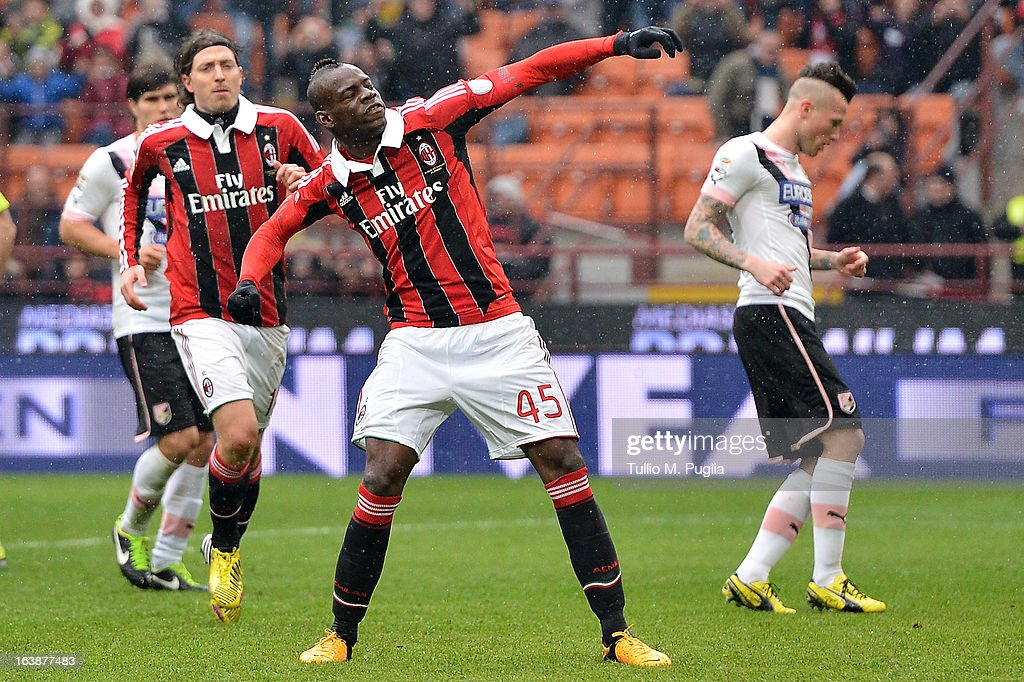 Mario Balotelli of Milan celebrates after scoring from the penalty spot during the Serie A match between AC Milan and US Citta di Palermo at San Siro Stadium on March 17, 2013 in Milan, Italy.