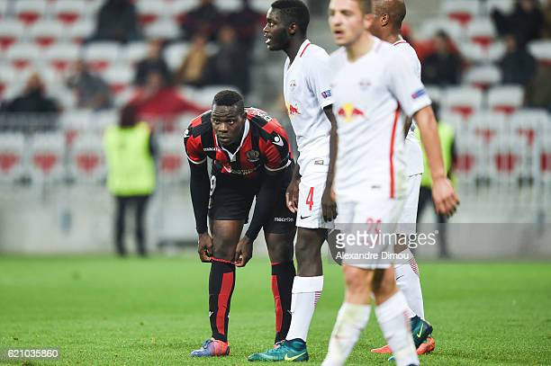 Mario Balotelli of Nice and Dayot Upamecano of Salzbourg during the Uefa Europa League match between OGC Nice and Red Bull Salzburg at Allianz...