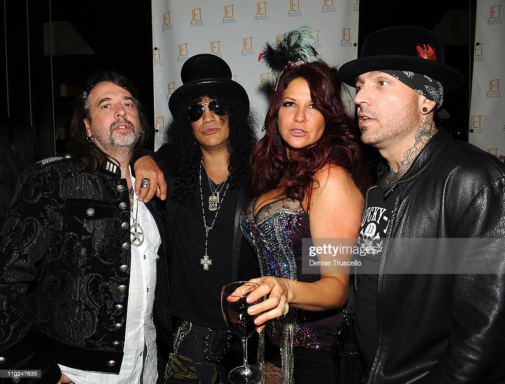 Mario Barth, Slash, Perla Hudson and Even Seinfeld attend Jet Nightclub at The Mirage on October 2, 2009 in Las Vegas, Nevada.
