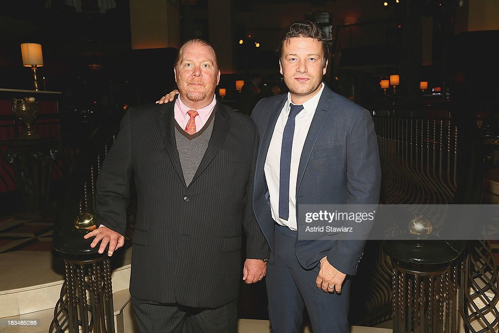 <a gi-track='captionPersonalityLinkClicked' href=/galleries/search?phrase=Mario+Batali&family=editorial&specificpeople=669889 ng-click='$event.stopPropagation()'>Mario Batali</a> and <a gi-track='captionPersonalityLinkClicked' href=/galleries/search?phrase=Jamie+Oliver&family=editorial&specificpeople=159384 ng-click='$event.stopPropagation()'>Jamie Oliver</a> attend 2nd Annual <a gi-track='captionPersonalityLinkClicked' href=/galleries/search?phrase=Mario+Batali&family=editorial&specificpeople=669889 ng-click='$event.stopPropagation()'>Mario Batali</a> Foundation Honors Dinner at Del Posto Ristorante on October 6, 2013 in New York City.