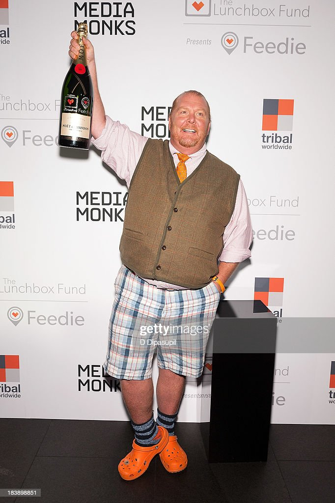 <a gi-track='captionPersonalityLinkClicked' href=/galleries/search?phrase=Mario+Batali&family=editorial&specificpeople=669889 ng-click='$event.stopPropagation()'>Mario Batali</a> attends the Lunchbox Fund Fall Fete 2013 at Buddakan on October 9, 2013 in New York City.