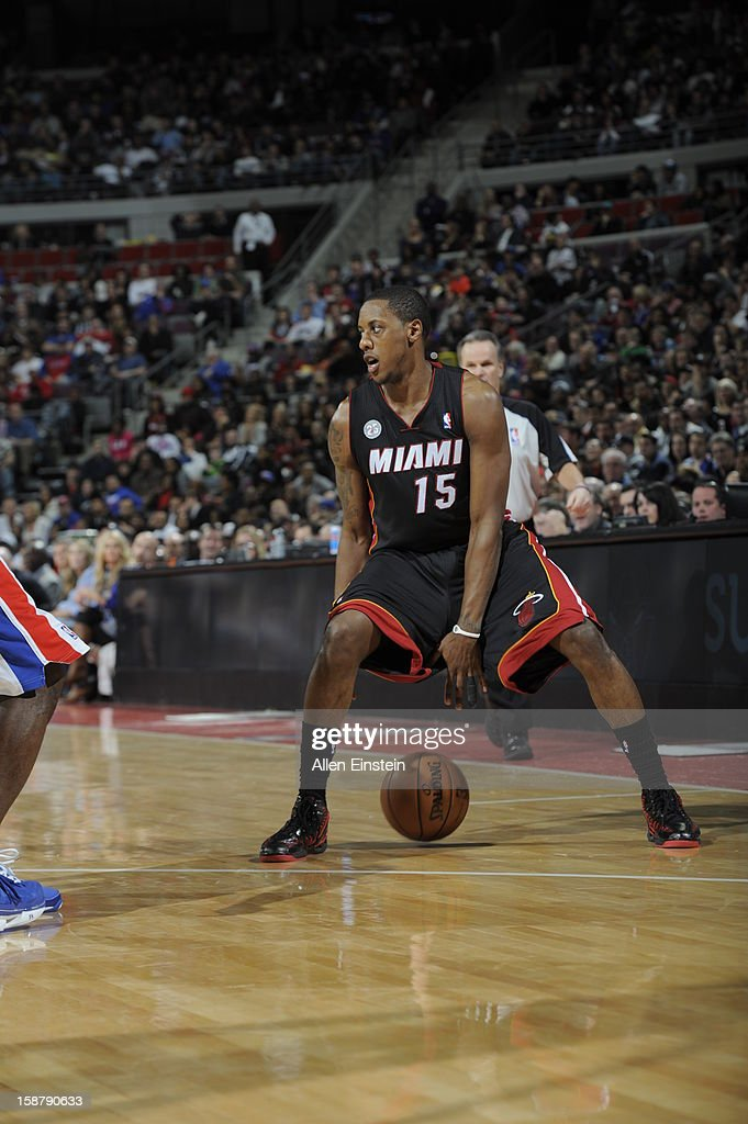 Mario Chalmers #15 of the Miami Heat dribbles through his legs against the Detroit Pistons during the game on December 28, 2012 at The Palace of Auburn Hills in Auburn Hills, Michigan.