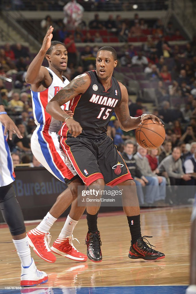 Mario Chalmers #15 of the Miami Heat drives to the basket against the Detroit Pistons during the game on December 28, 2012 at The Palace of Auburn Hills in Auburn Hills, Michigan.