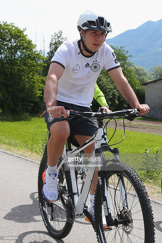 <a gi-track='captionPersonalityLinkClicked' href=/galleries/search?phrase=Mario+Goetze&family=editorial&specificpeople=4251202 ng-click='$event.stopPropagation()'>Mario Goetze</a> of Germany arrives for a training session at stadio communale on day 3 of the German national team trainings camp on May 26, 2016 in Ascona, Switzerland.