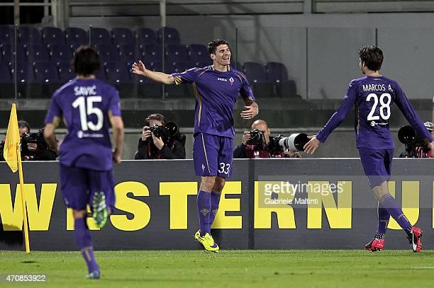 Mario Gomez of ACF Fiorentina celebrates after scoring a goal during the UEFA Europa League Quarter Final match between ACF Fiorentina and FC Dynamo...