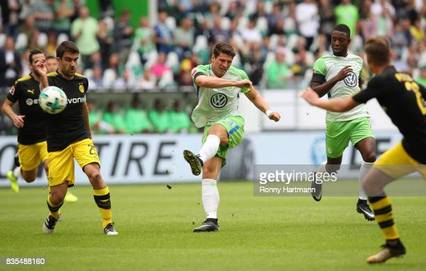 Mario Gomez of VfL Wolfsburg during the Bundesliga match between VfL Wolfsburg and Borussia Dortmund at Volkswagen Arena on August 19 2017 in...