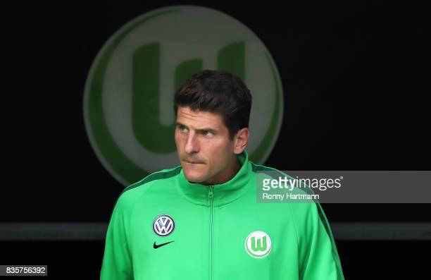 Mario Gomez of Wolfsburg enters the pitch prior to the Bundesliga match between VfL Wolfsburg and Borussia Dortmund at Volkswagen Arena on August 19...