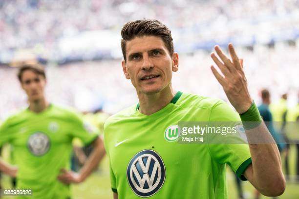 Mario Gomez of Wolfsburg reacts after the Bundesliga match between Hamburger SV and VfL Wolfsburg at Volksparkstadion on May 20 2017 in Hamburg...