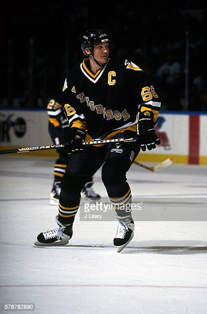 Mario Lemieux of the Pittsburgh Penguins skates during the game against the New York Islanders at the Nassau Coliseum on January 7 1997 in Uniondale...