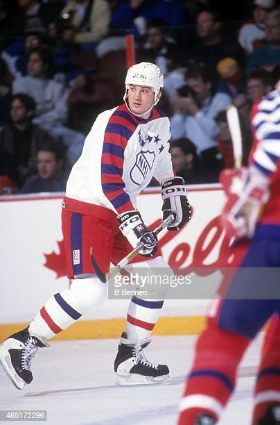 Mario Lemieux of the Wales Conference and the Pittsburgh Penguins skates on the ice during the 1992 43rd NHL AllStar Game against the Campbell...