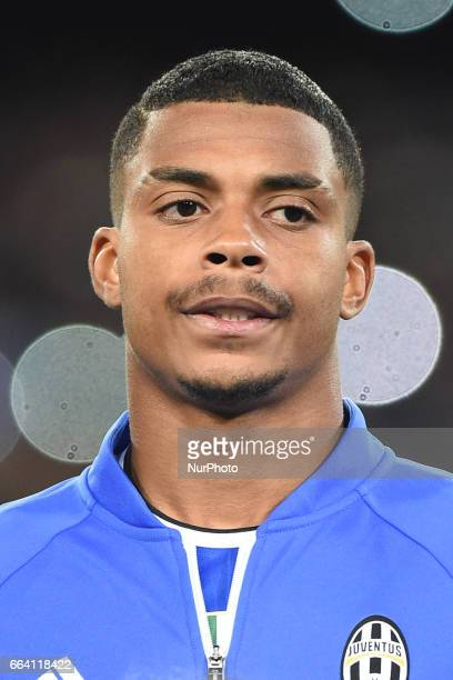 Mario Lemina during the Serie A TIM match between SSC Napoli and Juventus FC at Stadio San Paolo Naples Italy on 2 April 2017