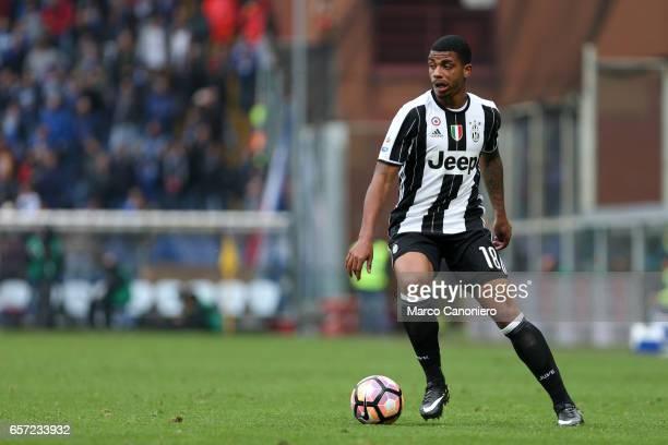 Mario Lemina of Juventus Fc in action during the Serie A football match between UC Sampdoria and Juventus FC Juventus FC wins 10 over UC Sampdoria