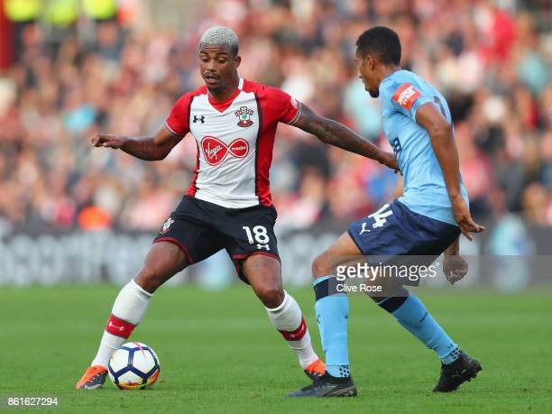 Mario Lemina of Southampton takes on Isaac Hayden of Newcastle United during the Premier League match between Southampton and Newcastle United at St...