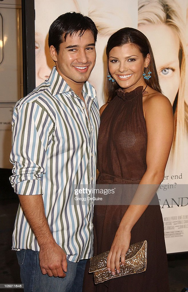 Mario Lopez Ali Landry during 'White Oleander' Premiere Los Angeles at Grauman's Chinese Theatre in Hollywood California United States