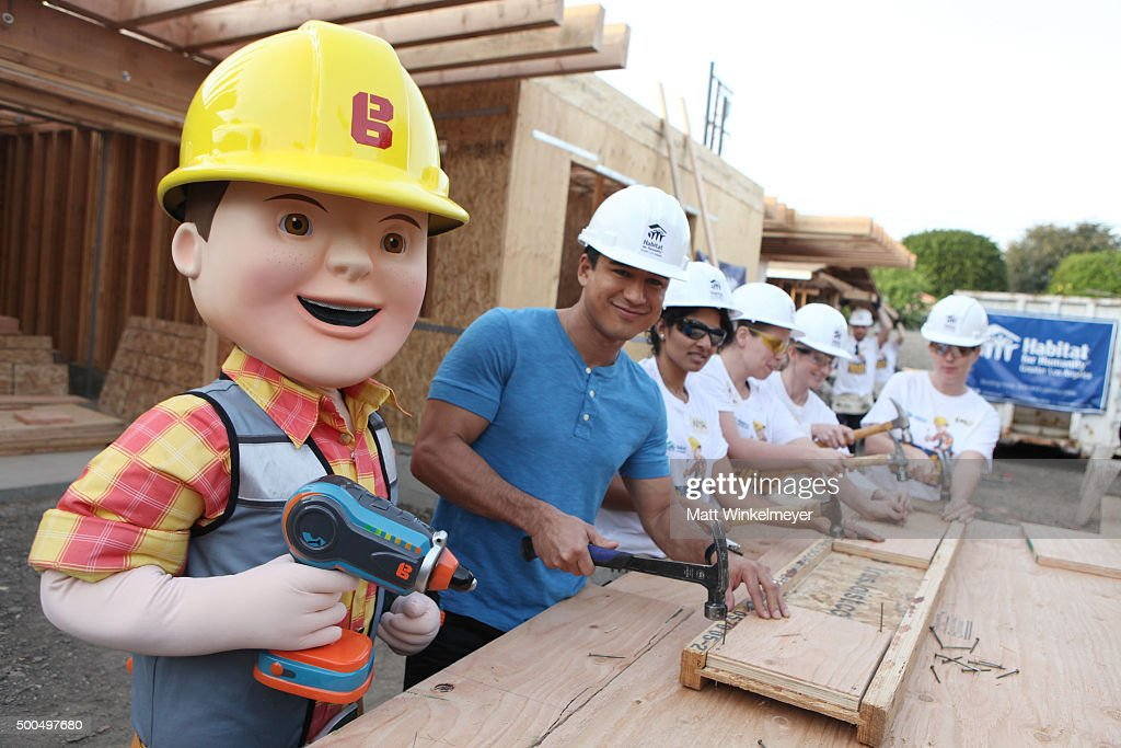Mario Lopez and Bob the Builder help Habitat for Humanity build home for Los Angeles Family on December 8 2015 in Inglewood California