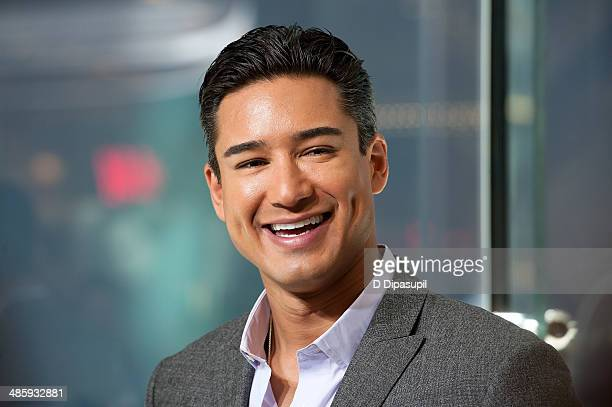 Mario Lopez hosts 'Extra' at their New York studios at HM in Times Square on April 21 2014 in New York City