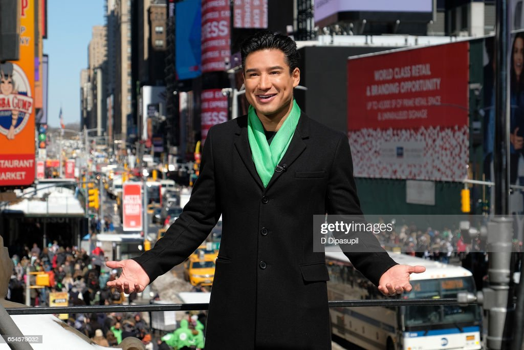 Mario Lopez hosts 'Extra' at their New York studios at the Hard Rock Cafe in Times Square on March 17, 2017 in New York City.