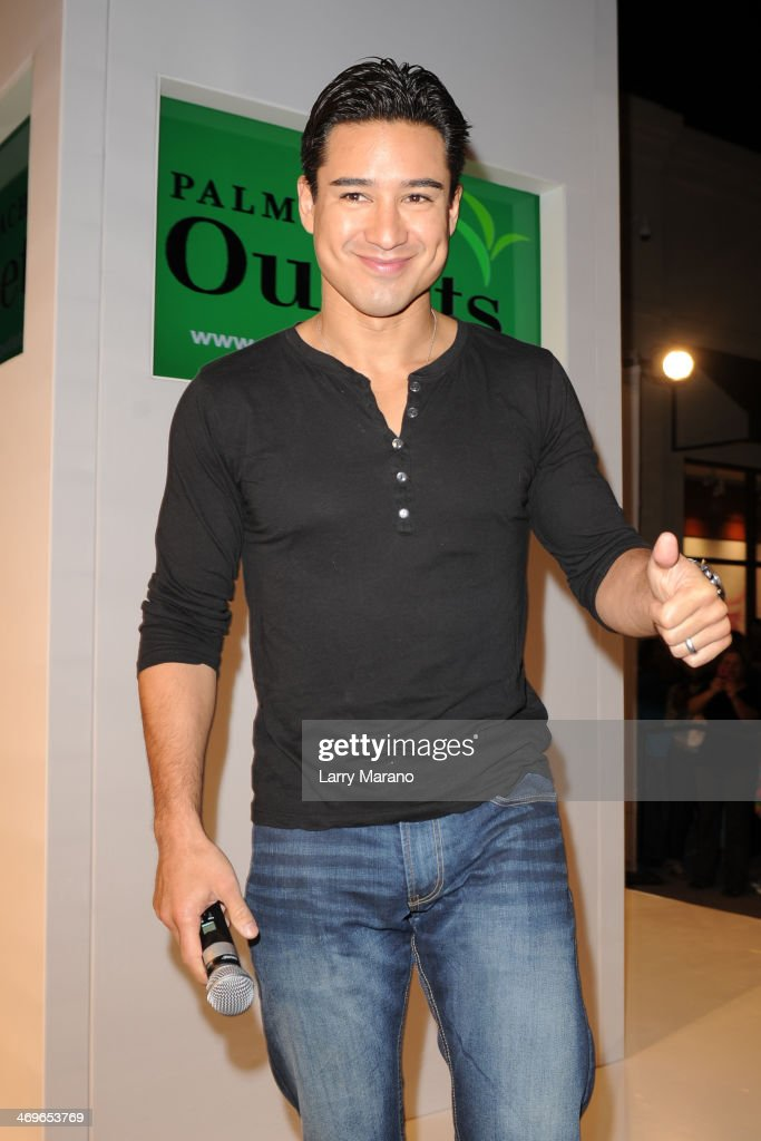 Mario Lopez hosts Palm Beach Outlet Mall Opening on February 15 2014 in West Palm Beach Florida