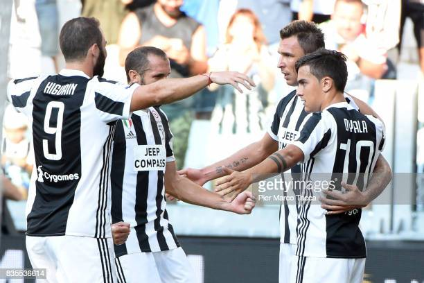 Mario Mandzukic of Juventus FC celebrates his first goal during the Serie A match between Juventus and Cagliari Calcio at Allianz Stadium on August...