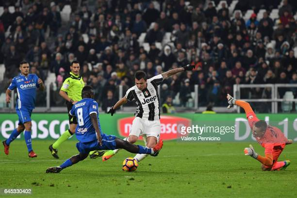 Mario Mandzukic of Juventus FC kicks the ball during the Serie A match between Juventus FC and Empoli FC at Juventus Stadium on February 25 2017 in...