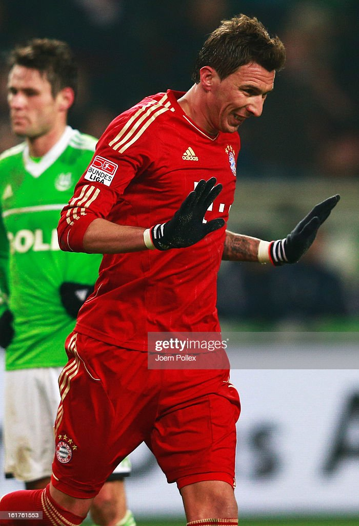 Mario Mandzukic of Muenchen celebrates after scoring his team's first goal during the Bundesliga match between VfL Wolfsburg and FC Bayern Muenchen at Volkswagen Arena on February 15, 2013 in Wolfsburg, Germany.