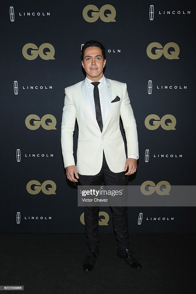 http://media.gettyimages.com/photos/mario-moran-attends-the-gq-men-of-the-year-awards-2016-at-torre-on-picture-id622253966