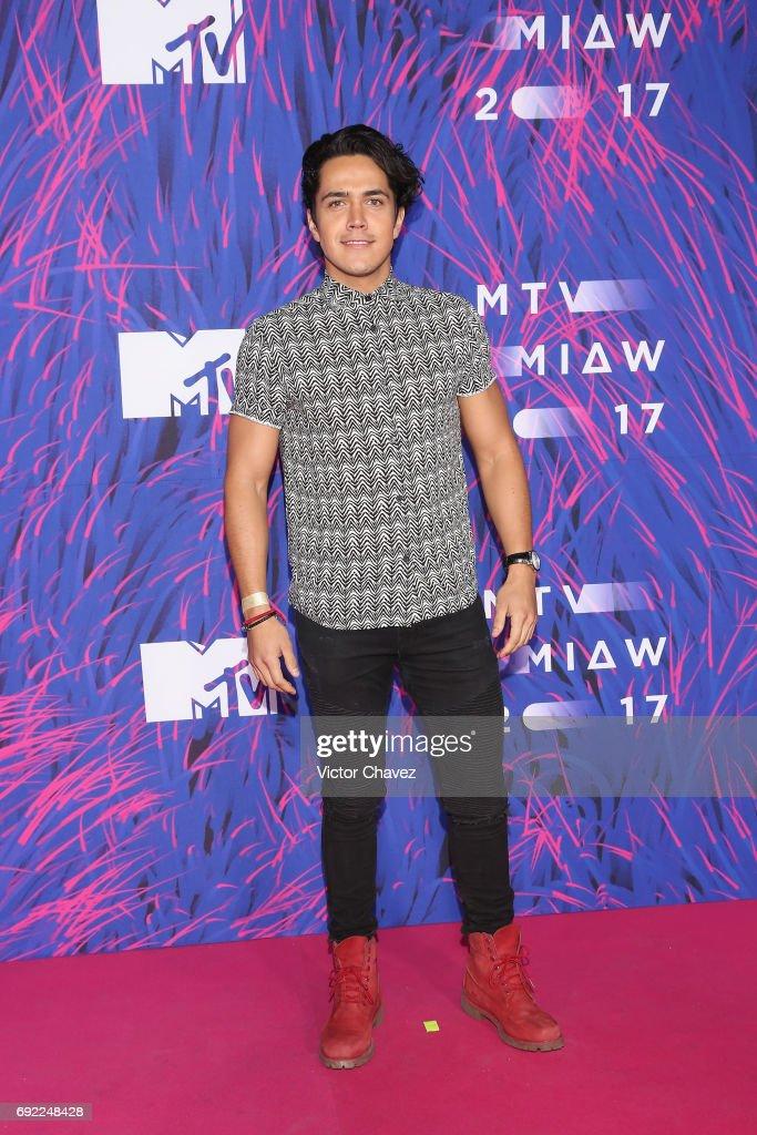 http://media.gettyimages.com/photos/mario-moran-attends-the-mtv-miaw-awards-2017-at-palacio-de-los-on-3-picture-id692248428