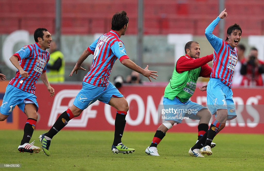 Mario Paglialunga of Catania celebrates after scoring the equalizing goal during the Serie A match between Calcio Catania and UC Sampdoria at Stadio Angelo Massimino on December 16, 2012 in Catania, Italy.