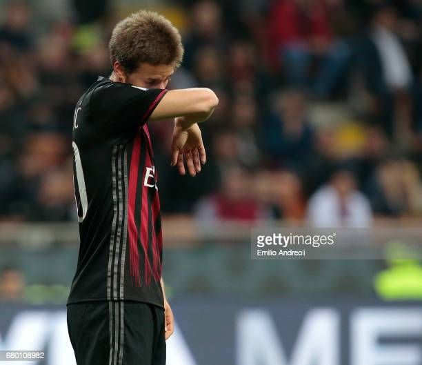 Mario Pasalic of AC Milan shows his dejection during the Serie A match between AC Milan and AS Roma at Stadio Giuseppe Meazza on May 7 2017 in Milan...