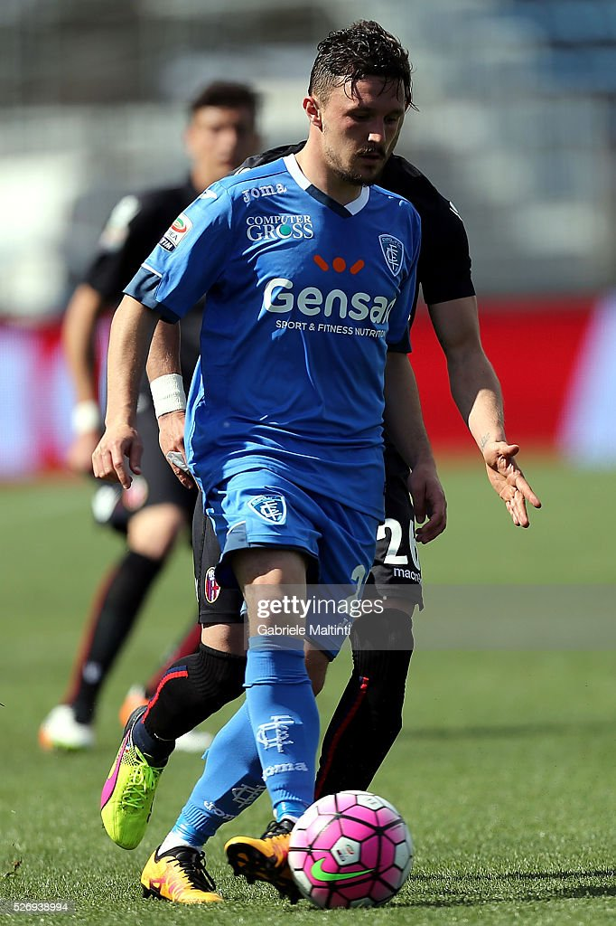 Mario Rui of Empoli FC in action during the Serie A match between Empoli FC and Bologna FC at Stadio Carlo Castellani on May 1, 2016 in Empoli, Italy.