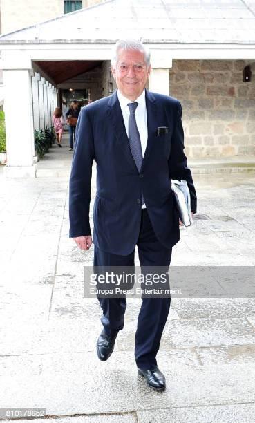 Mario Vargas Llosa attends 'Gabriel Garcia Marquez mas alla del realismo magico' summer course by Complutense University on July 6 2017 in El...