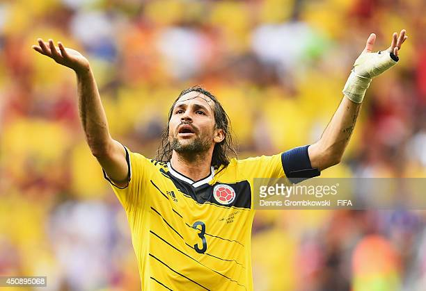 Mario Yepes of Colombia gestures during the 2014 FIFA World Cup Brazil Group C match between Colombia and Cote D'Ivoire at Estadio Nacional on June...