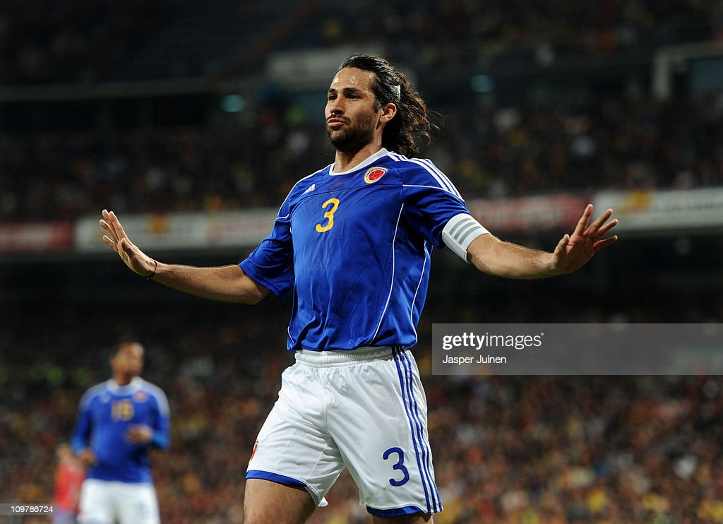 <a gi-track='captionPersonalityLinkClicked' href=/galleries/search?phrase=Mario+Yepes&family=editorial&specificpeople=648682 ng-click='$event.stopPropagation()'>Mario Yepes</a> of Colombia reacts during the International friendly match between Spain and Colombia at Estadio Santiago Bernabeu on February 9, 2011 in Madrid, Spain.