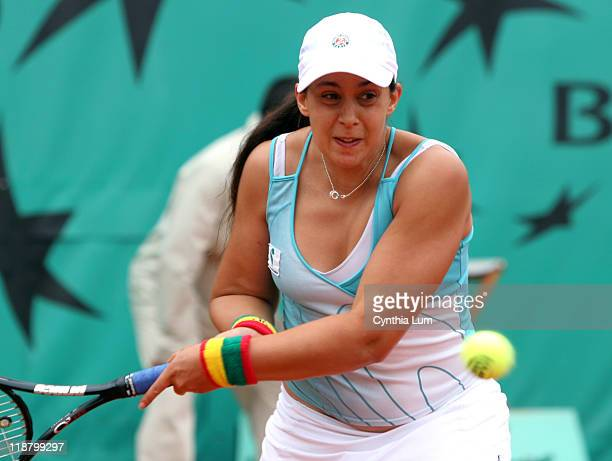 Marion Bartoli of France in action during her second round match against Jelena Jankovic of Serbia in the French Open at Roland Garros in Paris...