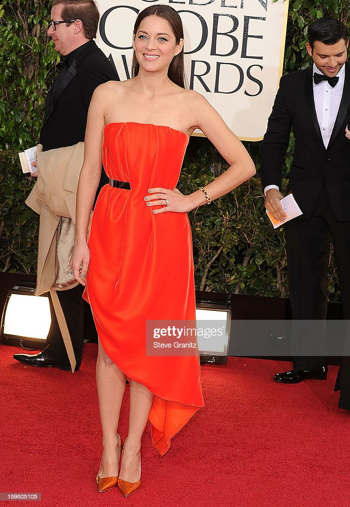 Marion Cotillard arrives at the 70th Annual Golden Globe Awards at The Beverly Hilton Hotel on January 13, 2013 in Beverly Hills, California.