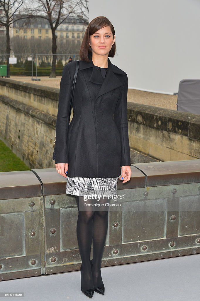 Marion Cotillard arrives at the Christian Dior Fall/Winter 2013 Ready-to-Wear show as part of Paris Fashion Week on March 1, 2013 in Paris, France.