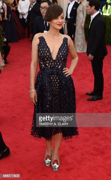 Marion Cotillard arrives at the Costume Institute Benefit at The Metropolitan Museum of Art May 5 2014 in New York AFP PHOTO/Timothy A CLARY