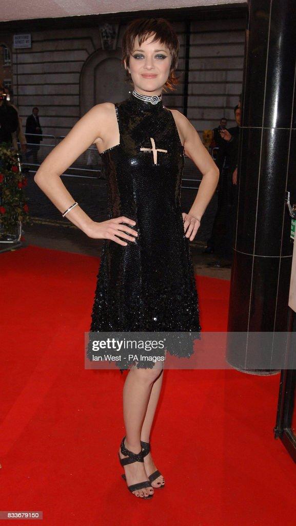 Marion Cotillard arrives for the UK film premiere of La Vie En Rose at the Curzon Mayfair in central London.