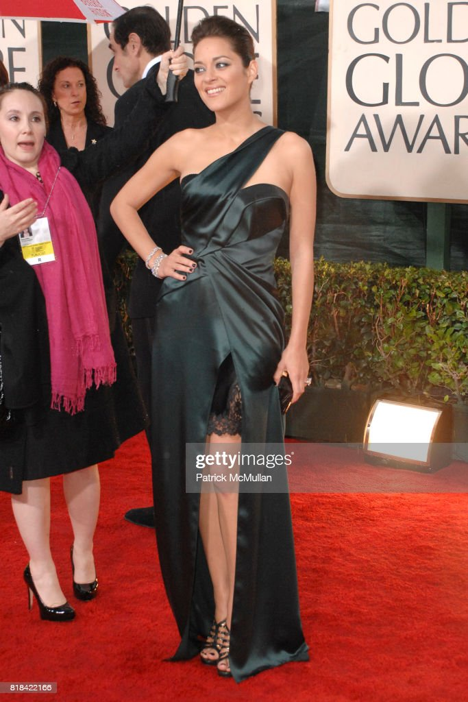 Marion Cotillard attends 67th Annual Golden Globe Awards at Beverly Hilton Hotel on January 17, 2010 in Beverly Hills, California.