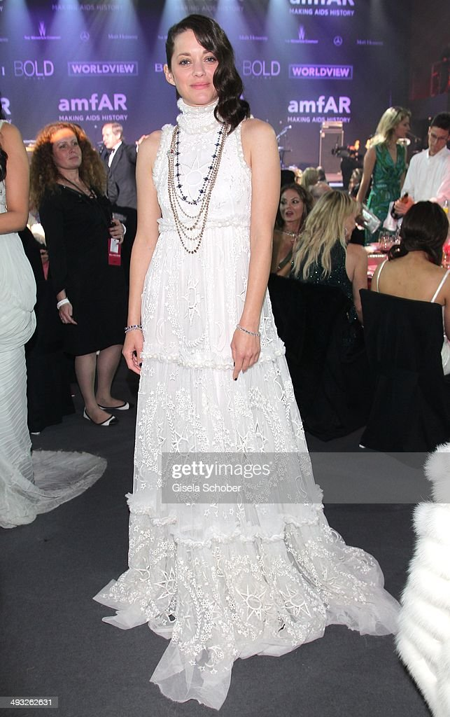 <a gi-track='captionPersonalityLinkClicked' href=/galleries/search?phrase=Marion+Cotillard&family=editorial&specificpeople=215303 ng-click='$event.stopPropagation()'>Marion Cotillard</a> attends amfAR's 21st Cinema Against AIDS Gala Presented By WORLDVIEW, BOLD FILMS and BVLGARI at Hotel du Cap-Eden-Roc on May 22, 2014 in Cap d'Antibes, France.