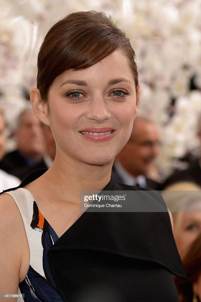 Marion Cotillard attends at the Christian Dior show as part of Paris Fashion Week - Haute Couture Fall/Winter 2014-2015 at on July 7, 2014 in Paris, France.
